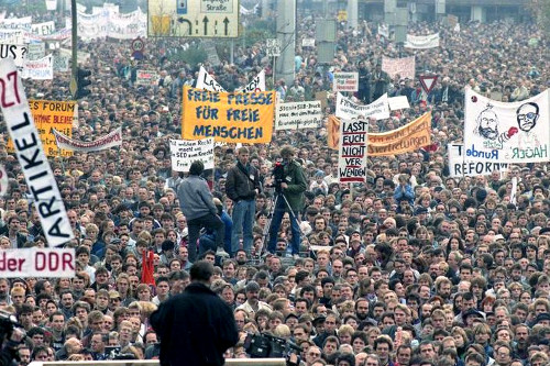 Berlin demonstration, 4 November, 1989