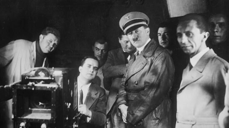 Hitler and Goebbels visit UFA, 1935