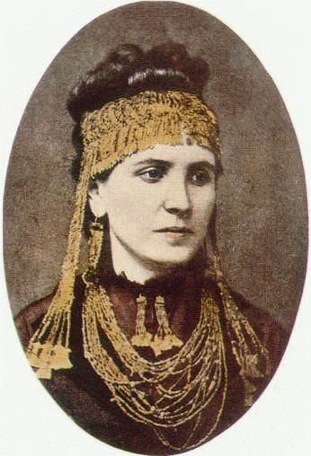 Sophia Schliemann wearing jewellery found at Troy